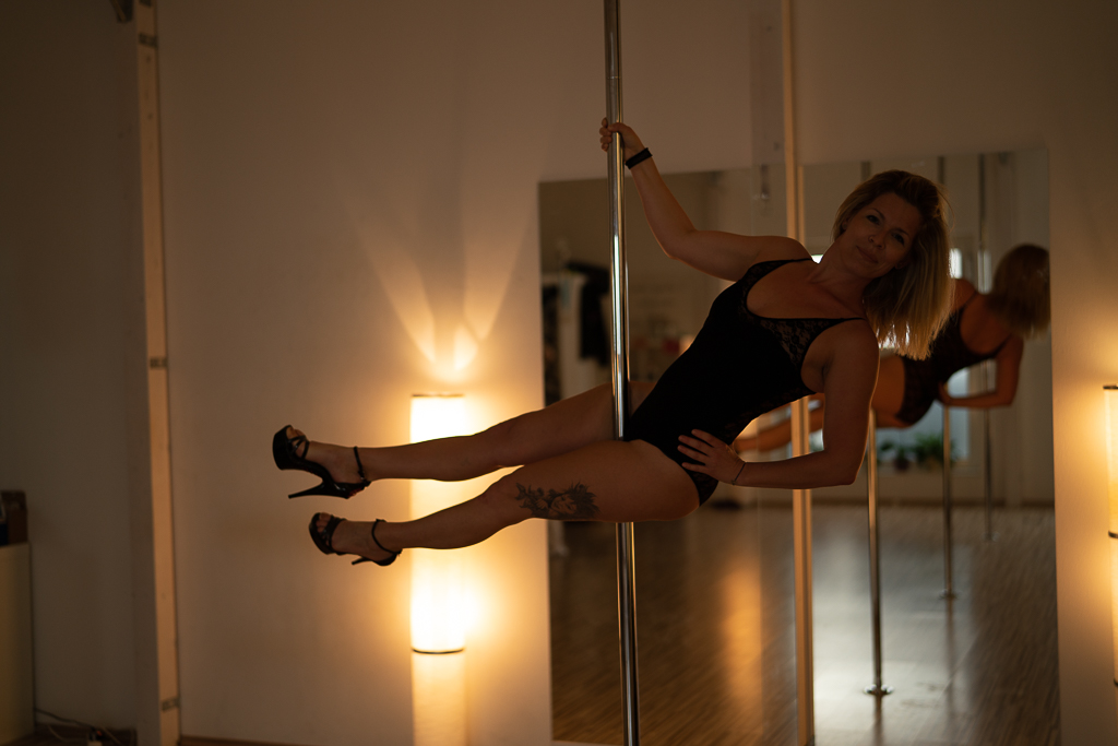 Doris Pole Dance